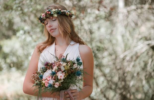 Tocados y Complementos con Flor Preservada