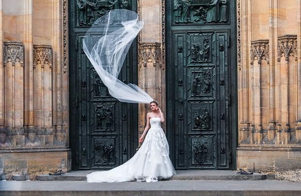 Os casáis por la iglesia? Descubrid cómo es una boda religiosa, paso a paso